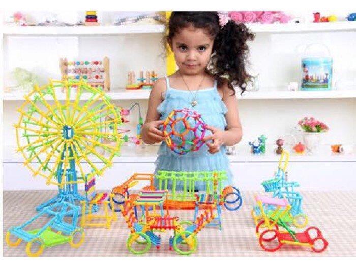 Hình ảnh bộ đồ chơi ghép que giúp bé thông minh
