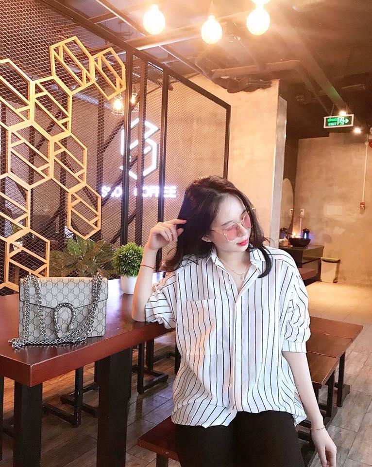 Bán Mua Ao Nữ Ao Sơ Mi Nữ Kẻ Sọc Trắng Phối Tui Oversize Sieu Xinh Hồ Chí Minh