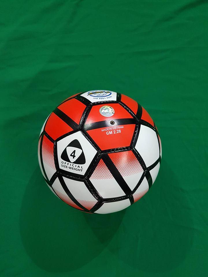 Hình ảnh bóng đá bơm hơi số 4 ( siêu phẩm ) tặng kim bơm bóng và túi lưới đựng bóng tiện lợi