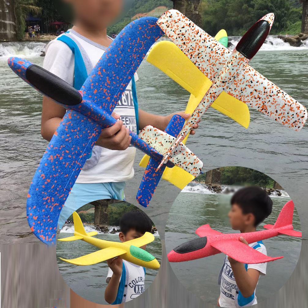 Hình ảnh Máy bay xốp tiêm kích phi tay loại to (màu ngẫu nhiên)
