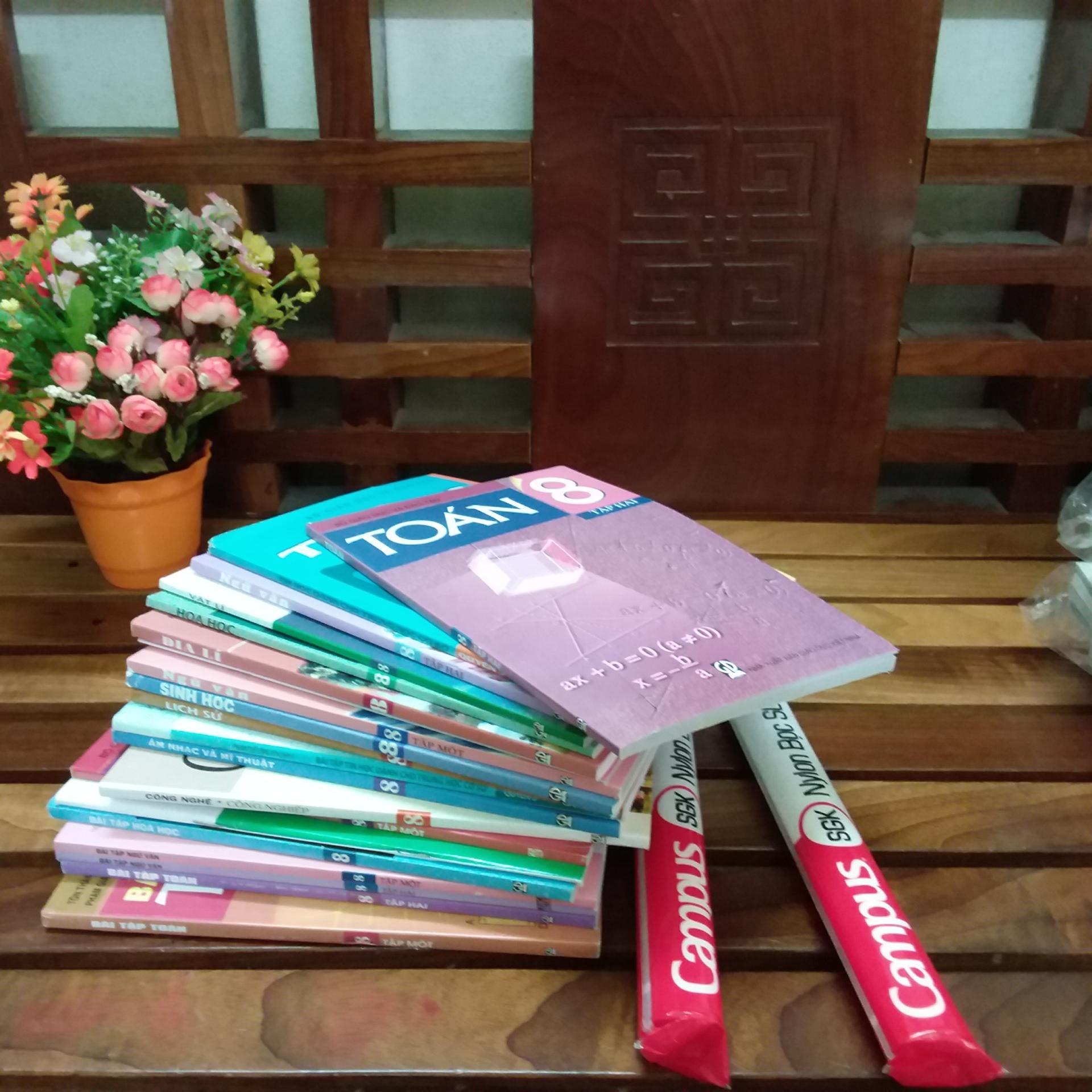 Mua Trọn Bộ sách giáo khoa lớp 8 + 2 tập bọc sách giáo khoa