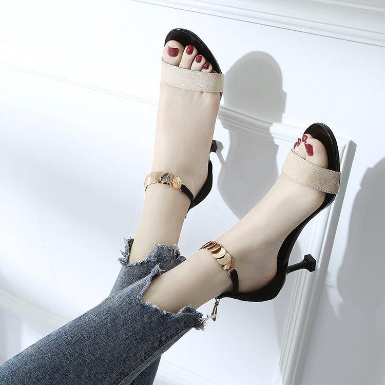 719b3c73ee7bd8 2019 Spring New Style Korean Style Versatile Women Online Celebrity Open  Toe Sandals Straight-line