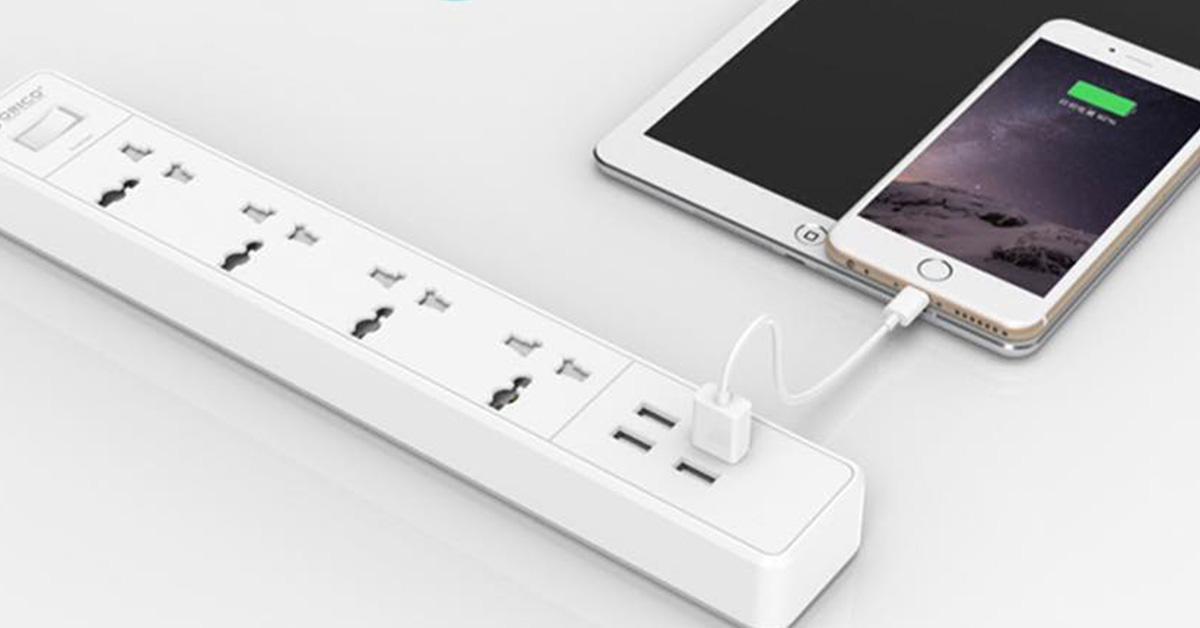 Ổ cắm điện Orico chống sốc, 3200w, Kèm 4 cổng sạc USB 2,4A - OSC-4A4U