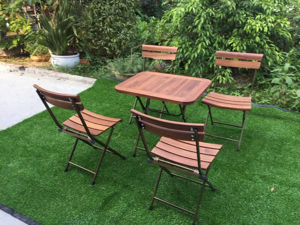 Bàn ghế gỗ cafe patio mini (1 bàn, 4 ghế)