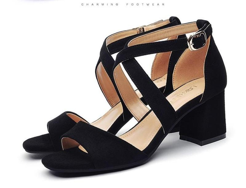 Giày cao gót 7 phân kiểu Hàn Quốc mys shop (MÀU ĐEN)