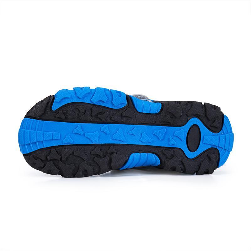Zuucee Musim Panas Laki-laki Pantai Sandal Kasual Siswa Bernapas Sandal  Sepatu . df235607a7
