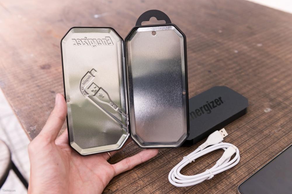 Cáp Lightning Energizer 1.2m màu trắng - C41UBLIGWHM - Bảo hành trọn đời 1 đổi 1 - Hàng phân phối chính thức