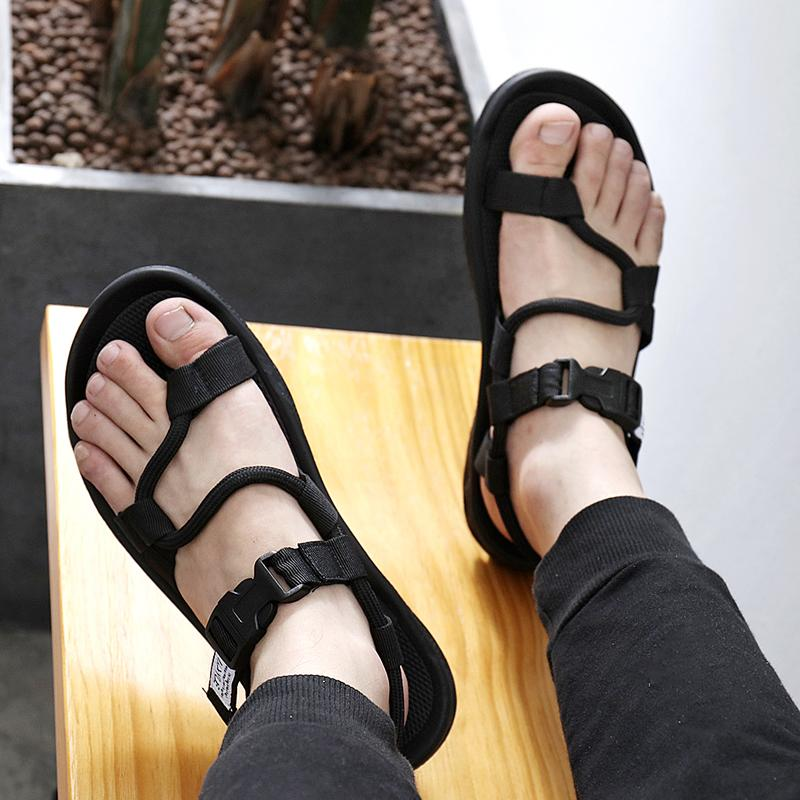 2d4f2b029f62 Sandals Men Outdoor Viet Nam Men s Sandals Split Toe Fashion Rubber Slipper  Dual Purpose Youth Rome