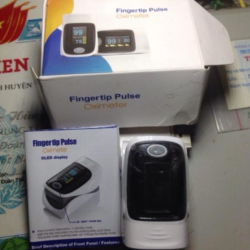 Máy Đo Độ Bảo Hoà Oxy và Nhịp Tim Rất nhỏ gọn (Fingertip Pulse Oximeter) bán chạy