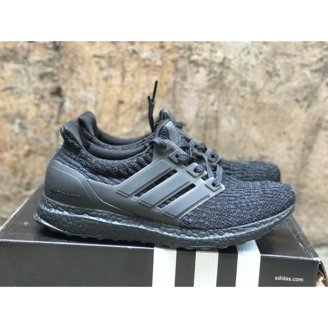 Hình ảnh Giày Adidas Ultra Boost 3.0 bền êm nhẹ chất lượnb cao