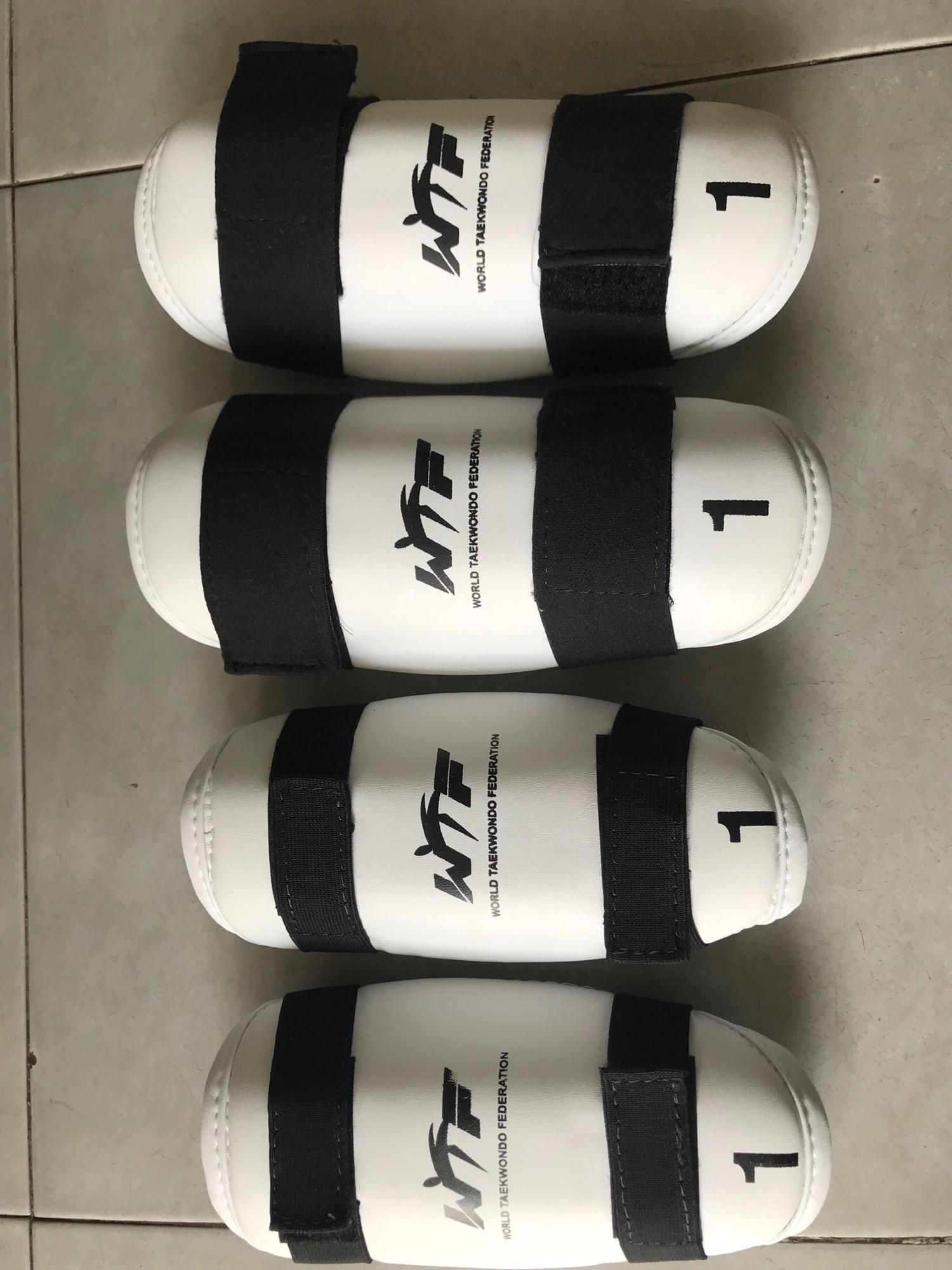 Hình ảnh bảo hộ tay chân taekwondo