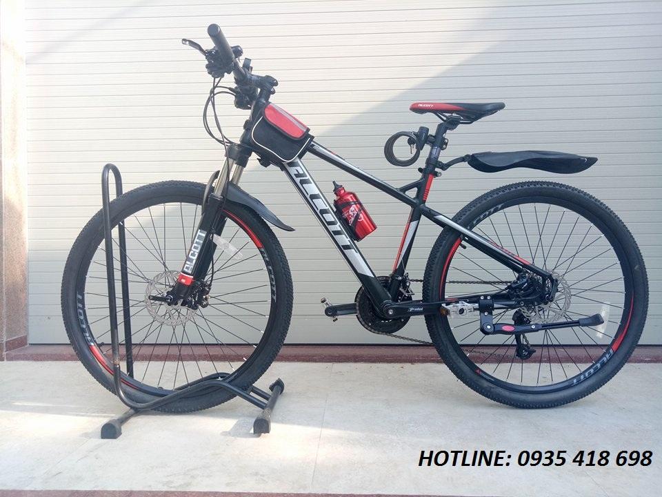 Xe đạp thể thao ALCOTT 580XC màu đen đỏ
