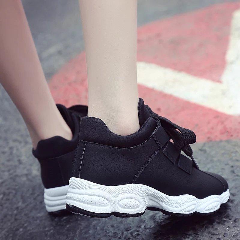 Hình ảnh Giày thể thao hót sneaker đế lượn sóng cá tính