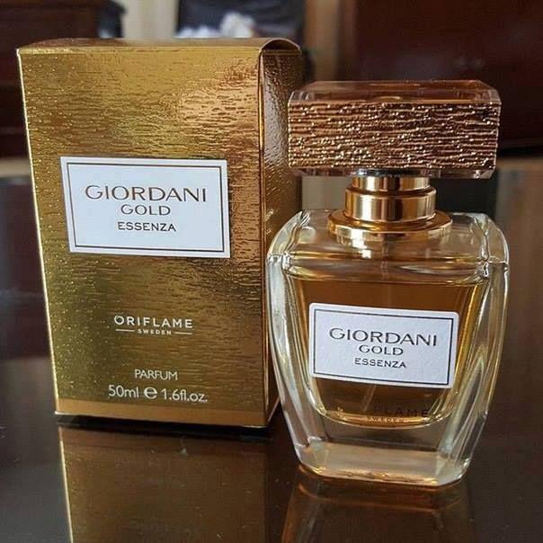 nước hoa Giordani Gold hương gỗ cao cấp