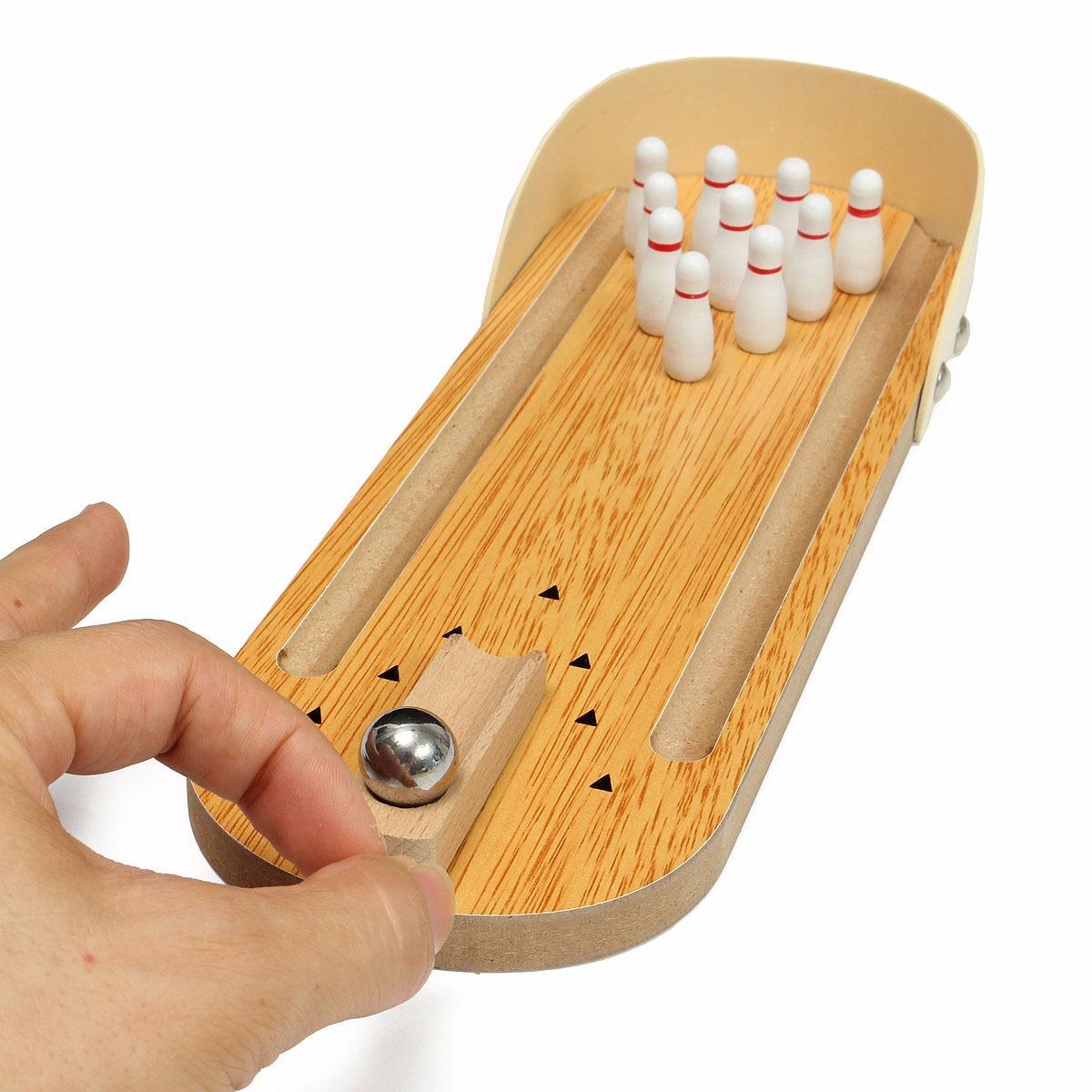 Hình ảnh Đồ chơi trẻ em bằng gỗ Mini Bowling