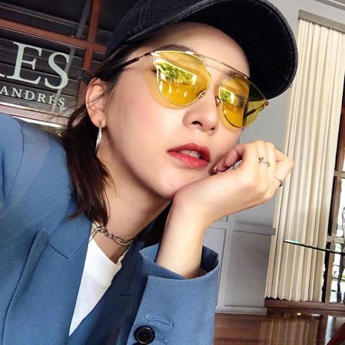 Zhao Liying Kuning Tembus Pandang Horizontal Bar Kacamata Hitam Pria dan Wanita Tide Merah dengan Eropa dan Amerika Retro Sepanjang wajah Kacamata Hitam-Internasional