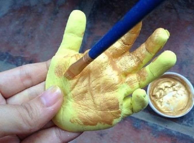 Hình ảnh Sơn Acrylic Lacquer Nhũ Vàng 666 (lon 875ml)