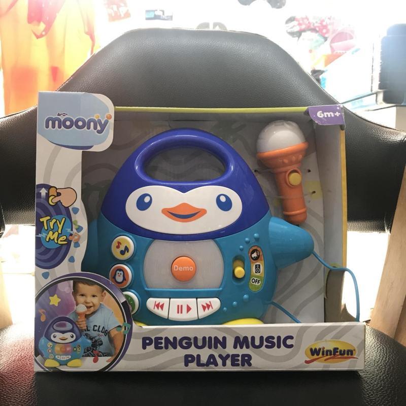 Bộ đồ chơi phát nhạc chim cánh cụt Winfun cho bé
