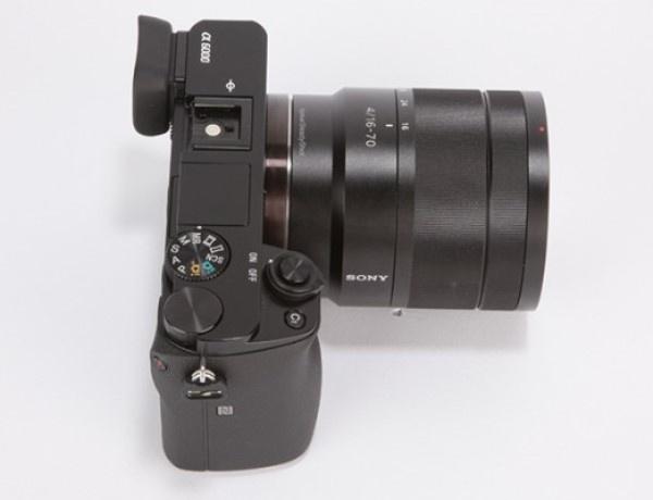 Với chất lượng hình ảnh vượt trội, khả năng chụp thiếu sáng rất tốt cùng thiết kế nhỏ gọn quen thuộc, Sony A6000 hoàn toàn xứng đáng là sản phẩm kế thừa của chiếc NEX-6.