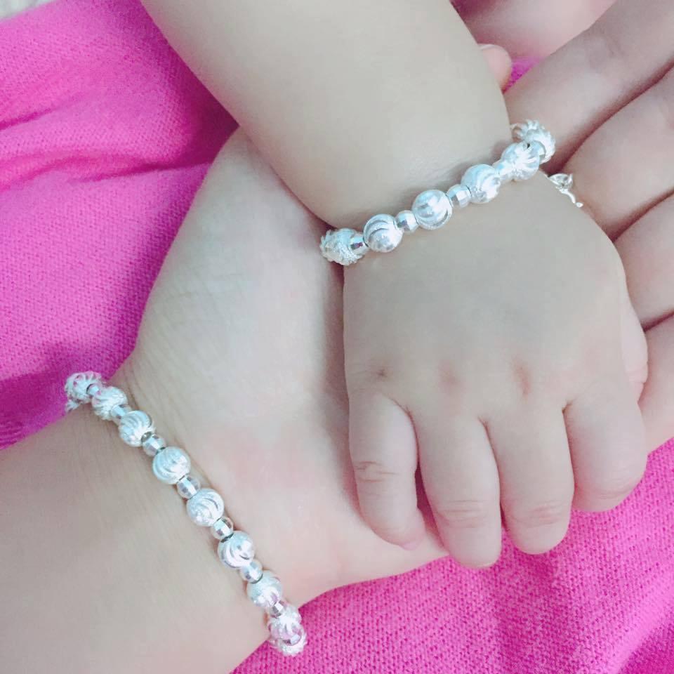 Hình ảnh Lắc tay bi bạc bé gái Bibegai