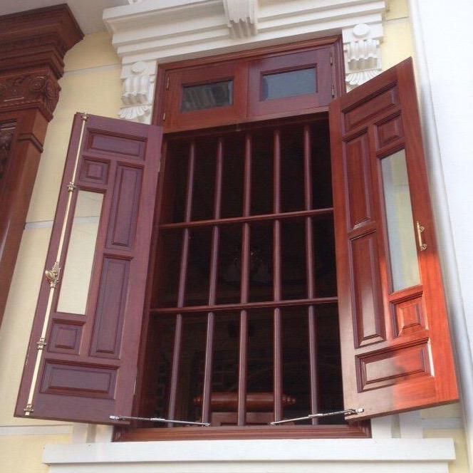 chống gió cửa sổ - 2 cái, thanh chong gio cua so
