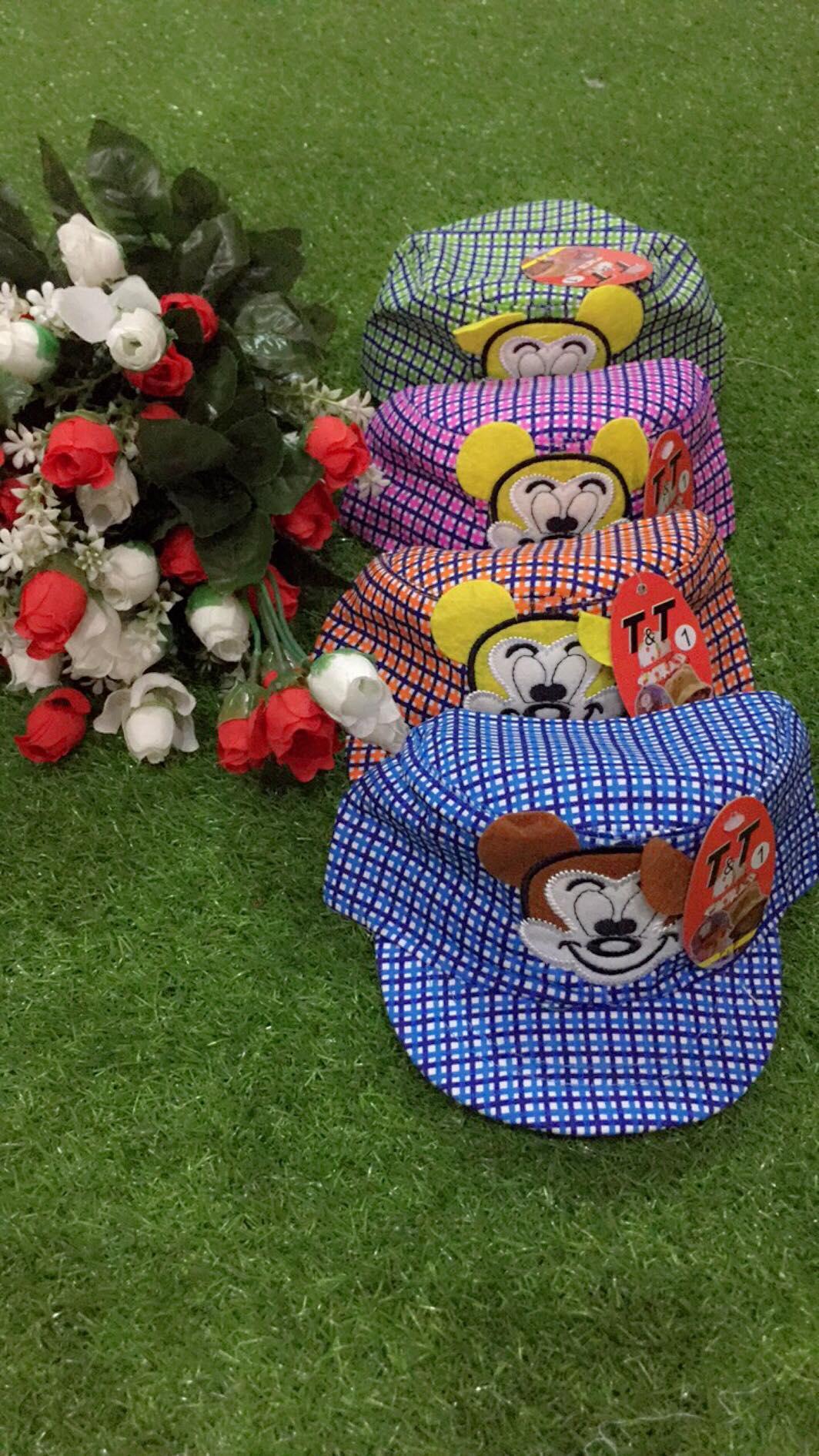 Hình ảnh nón hình gấu rất dễ thương dành cho bé trai có rất nhiều màu( giao màu ngẫu nhiên)