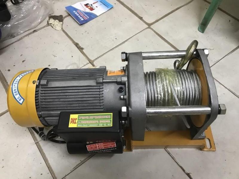 Tời nâng điện PICC 500-1000kg  Hàng trung ương Trung Quốc (nâng tối đa 1000kg) màu vàng