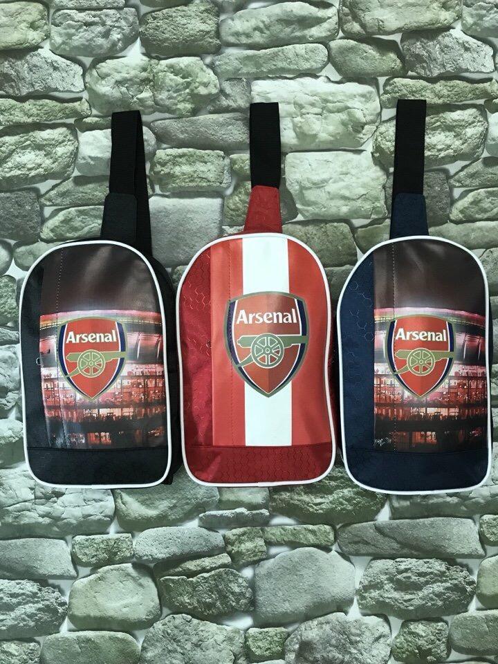 Hình ảnh Túi đeo chéo thể thao tiện lợi Arsenal
