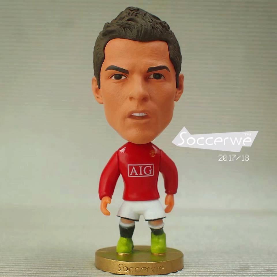 Hình ảnh Tượng cầu thủ bóng đá Cristiano ronaldo phiên bản Mu