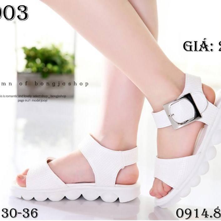 Hình ảnh sandal trắng bé gái