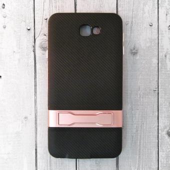 Ốp lưng Samsung Galaxy J7 Prime chống đứng vân Carbon (Hồng)