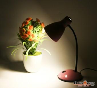 Đèn học để bàn LED bảo vệ mắt - chống cận Magiclight MG315(hồng)