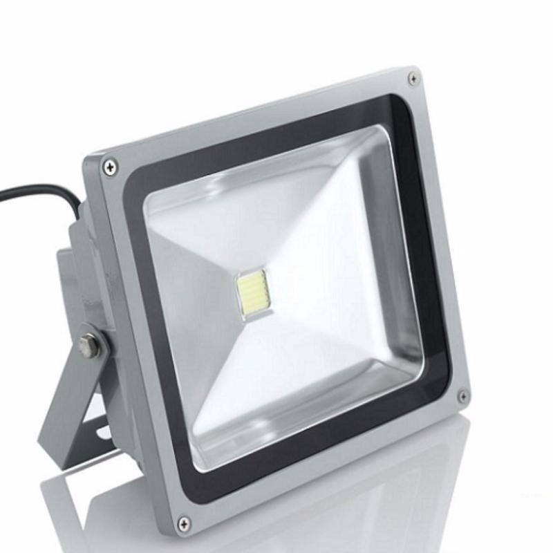 Bảng giá Mua Đèn Pha 30w vuông COB-IP65 ánh sáng trắng