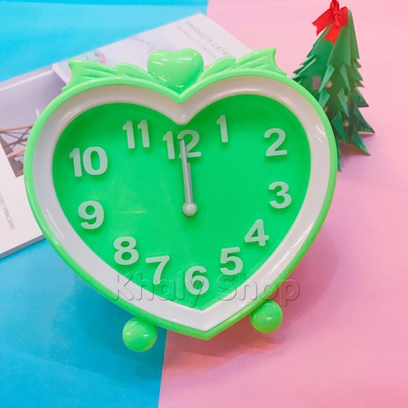 Đồng hồ báo thức hình trái tim màu xanh lá trắng dành cho bạn gái - DHBTTIM - (15.5x15x4.5cm) bán chạy