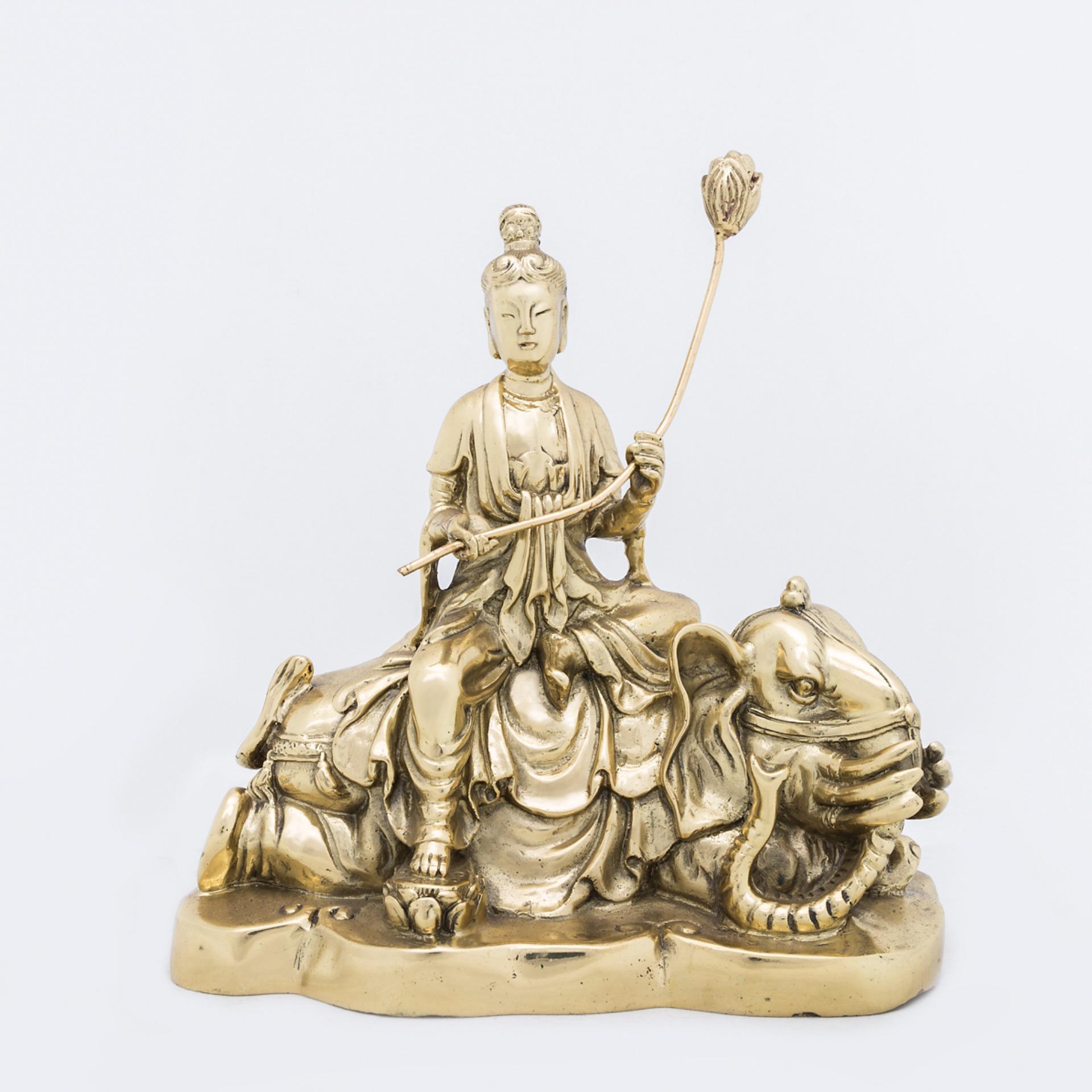 Phổ Hiền Bồ Tát ngồi Voi bằng Đồng màu Vàng