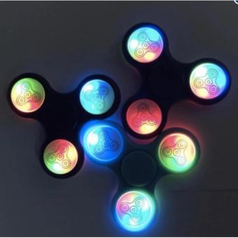Đồ Chơi Con Quay Giúp Giảm Stress Fidget Spinner Đèn Led 7 Màu HM283 - 8641602 , OE680TBAA4B8D1VNAMZ-7867518 , 224_OE680TBAA4B8D1VNAMZ-7867518 , 64000 , Do-Choi-Con-Quay-Giup-Giam-Stress-Fidget-Spinner-Den-Led-7-Mau-HM283-224_OE680TBAA4B8D1VNAMZ-7867518 , lazada.vn , Đồ Chơi Con Quay Giúp Giảm Stress Fidget Spinner Đèn