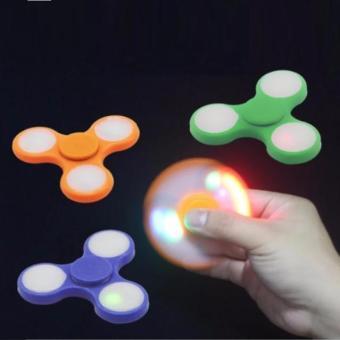 Đồ chơi cực hot - Con quay FIDGET SPINNER ĐÈN LED (Giá rẻ - Khuyến mại) - 8639425 , OE680TBAA3SZCEVNAMZ-6799514 , 224_OE680TBAA3SZCEVNAMZ-6799514 , 60000 , Do-choi-cuc-hot-Con-quay-FIDGET-SPINNER-DEN-LED-Gia-re-Khuyen-mai-224_OE680TBAA3SZCEVNAMZ-6799514 , lazada.vn , Đồ chơi cực hot - Con quay FIDGET SPINNER ĐÈN LED (Giá r
