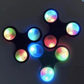 Đồ chơi cực hot - Con quay FIDGET SPINNER ĐÈN LED (Giá rẻ - Khuyến mại) - 8639421 , OE680TBAA3SZBZVNAMZ-6799497 , 224_OE680TBAA3SZBZVNAMZ-6799497 , 60000 , Do-choi-cuc-hot-Con-quay-FIDGET-SPINNER-DEN-LED-Gia-re-Khuyen-mai-224_OE680TBAA3SZBZVNAMZ-6799497 , lazada.vn , Đồ chơi cực hot - Con quay FIDGET SPINNER ĐÈN LED (Giá r