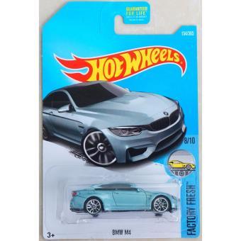 Xe ô tô mô hình tỉ lệ 1:64 Hot Wheels BMW M4 Factory Fresh 8/10 (Xanh Nhạt )