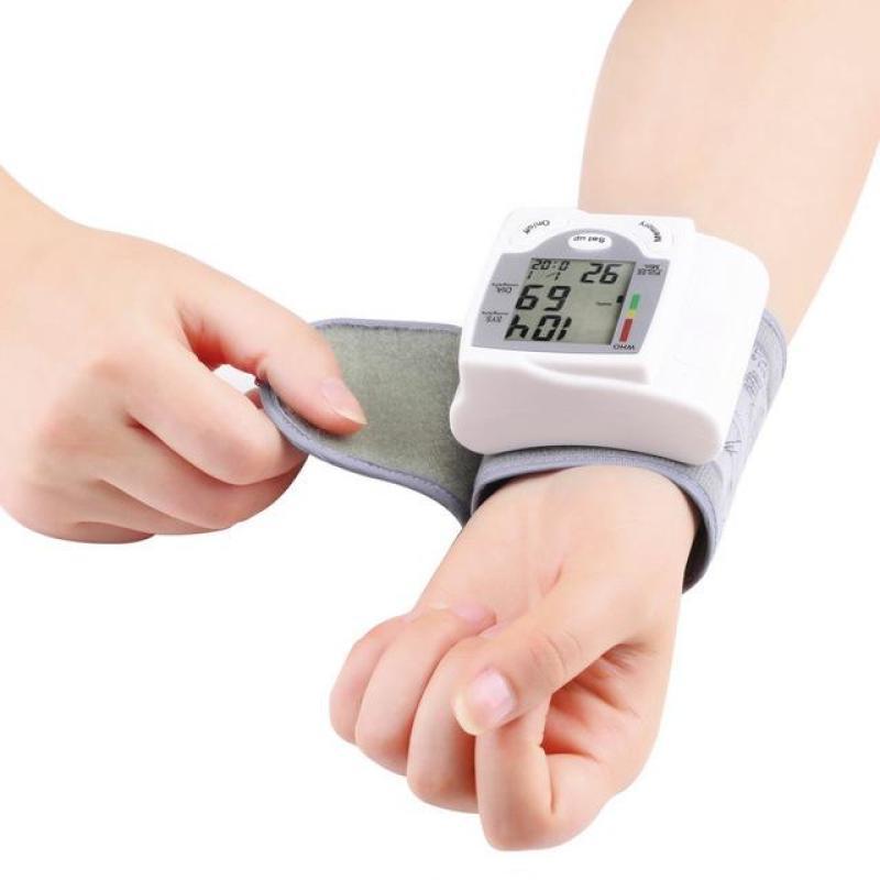 Nơi bán Máy đo huyết áp tốt nhất - Máy đo huyết áp TTS-101S -giá tốt nhất,uy tín nhất  giao hàng toàn quốc  - BH UY TÍN bởi TINH TẾ STORE