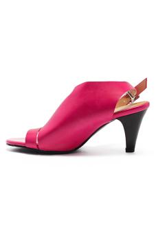 Giày sandal dây cách điệu bản lớn Senta 2784 (Hồng)