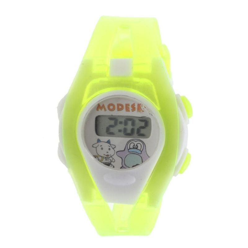 Boy Girl Student Sport Time Electronic Digital LCD Wrist Watch Green - intl bán chạy