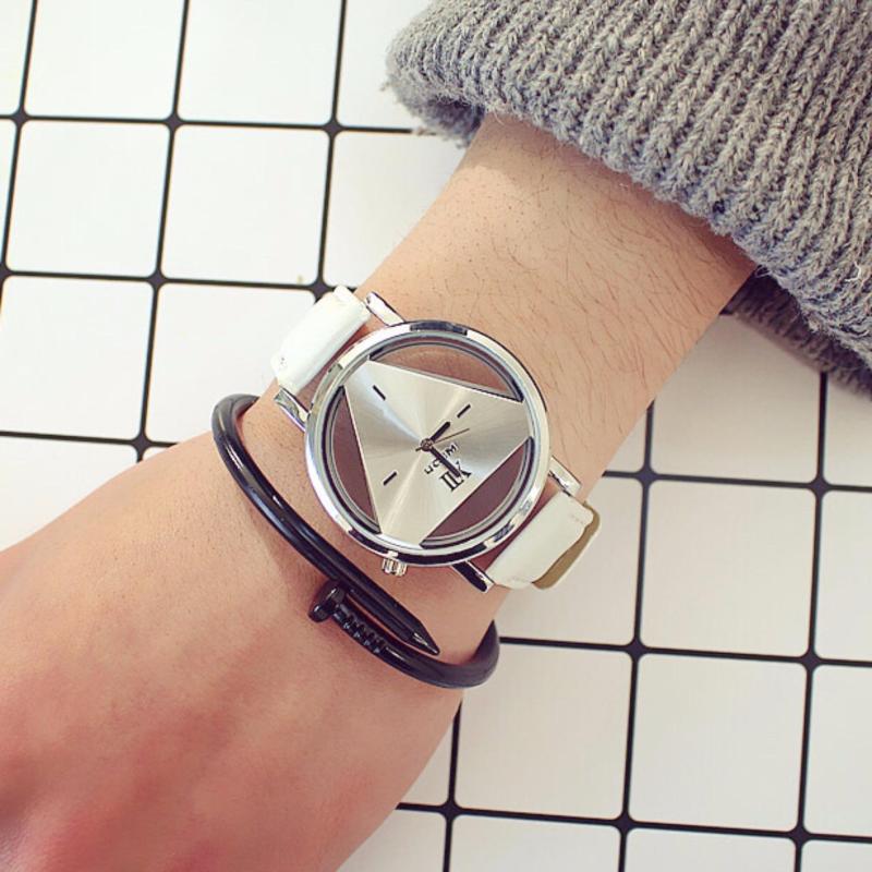 Nơi bán Đồng hồ dây da thiết kế mặt tam giác ZAVANS(Dây Trắng Mặt Xám)