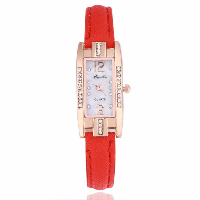 Nơi bán Đồng hồ nữ chạy 3 kim mặt chữ nhất đính đá dây da