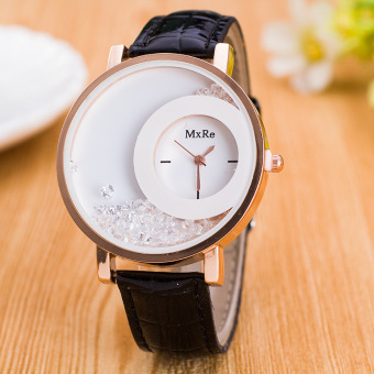 Đồng hồ nữ dây da mặt tròn hạt đá DCPK705374 (Đen)