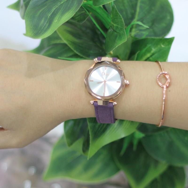 Nơi bán Đồng hồ nữ mặt kính vát 3D dây da lộn cao cấp G24-59