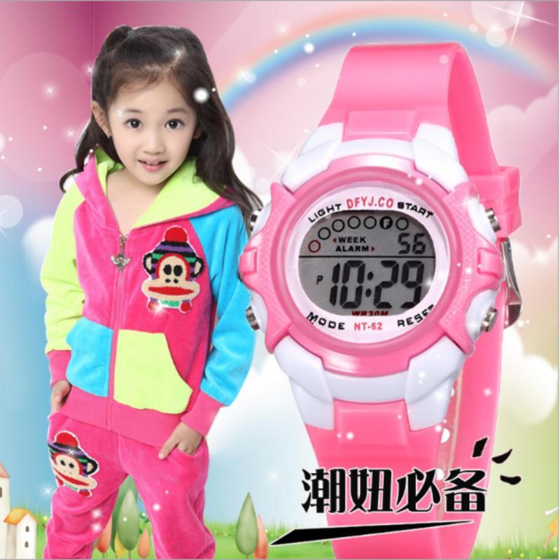 Đồng hồ quà tặng xinh xắn+Vòng tay phát quang cho bé gái bán chạy