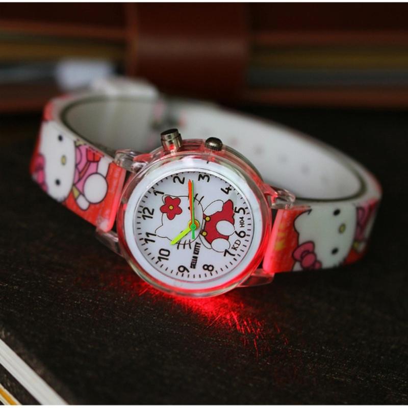 Đồng hồ tuyệt đẹp cho bé gái có đèn led TTP-hello kitty 2019 bán chạy