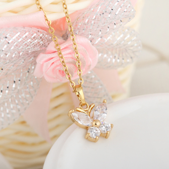 Sweet 18k Gold Filled Butterfly Shape Crystal Lady Shiny Jewelry Necklace(Intl)