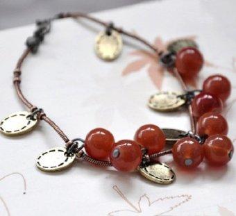 Vòng tay cherry đỏ chùm độc đáo phong cách Hàn (dây màu đồng)